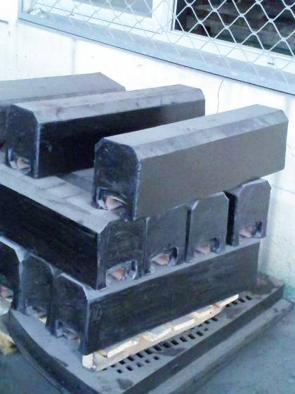 磨机橡胶衬板